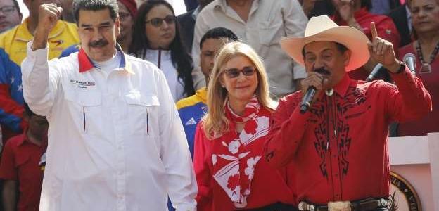 Al cantante llanero Armando Martínez no lo dejaron entrar a Colombia por vínculos con Maduro