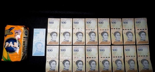 El salario mínimo de Venezuela toca suelo a 2 dólares